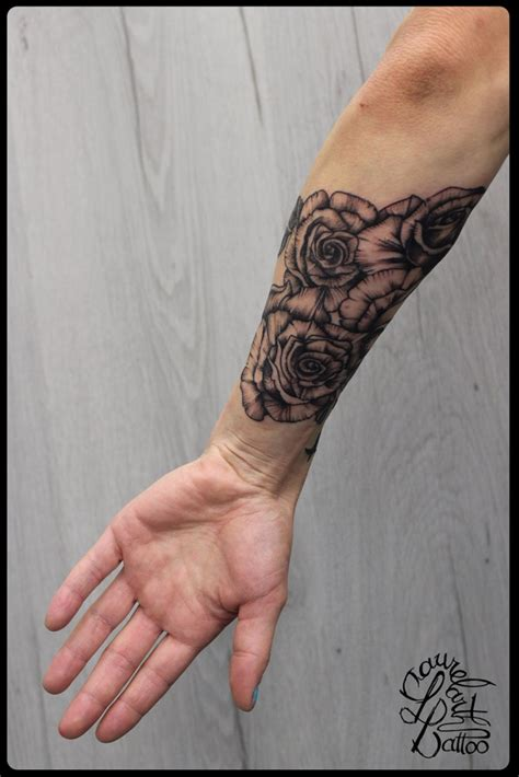 laurelarth tattoo tatouage r 233 gion lyon roses d 233 taill 233 es