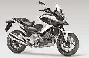 Honda Nx 700 Motorcycle Rider Motorcycle Test Travel Accessories