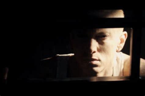 eminem indonesia kapanlagi com video klip eminem the monster musik