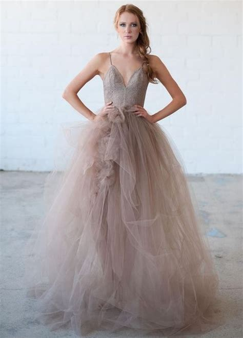 Tulle Wedding Dresses by 38 Stunning Layered Tulle Wedding Dresses Happywedd