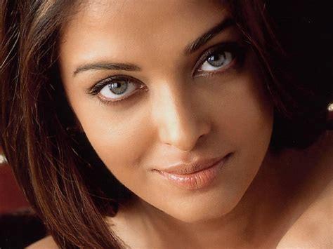 Ria Miranda Alisha Blue aishwarya navel
