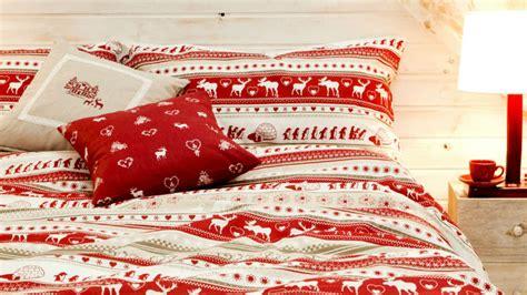 cuscini natalizi cuscini natalizi per vivere la magia delle feste dalani