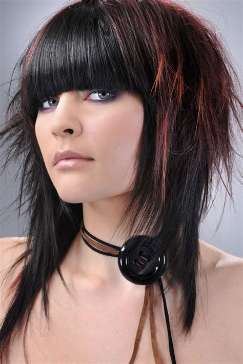 cortes de cabello y peinados emo para chicas 2015 moda femenina corte de pelo emo mujer peluqueria