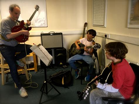 ukulele lessons in dublin gallery simplymusiclessons ie