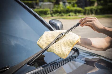 Wiper Pembersih Kaca Karet Antijamur Cara Merawat Kaca Mobil Agar Terhindar Dari Jamur Dan Baret Seva Id