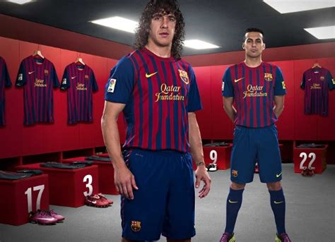 Jersey Multi Sport Barcelona Away 2011 Pedro the wait is the new fcb qatar foundation team kit