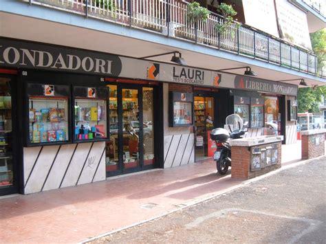 libreria mondadori roma libreria mondadori lauri yelp