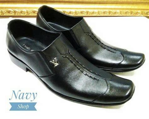 Sepatu Pria Bahan Kulit jual sepatu pantofel pria bahan kulit asli untuk kerja