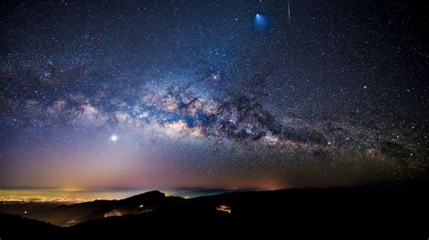 sternenhimmel le way meteor and ariane 5 rocket seen doi