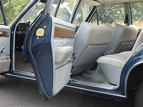 opel diplomat interior phaeton from the past 1975 opel diplomat 5 4 bring a
