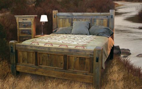 Handcrafted Beds - handcrafted reclaimed wood bed and bedroom furnture