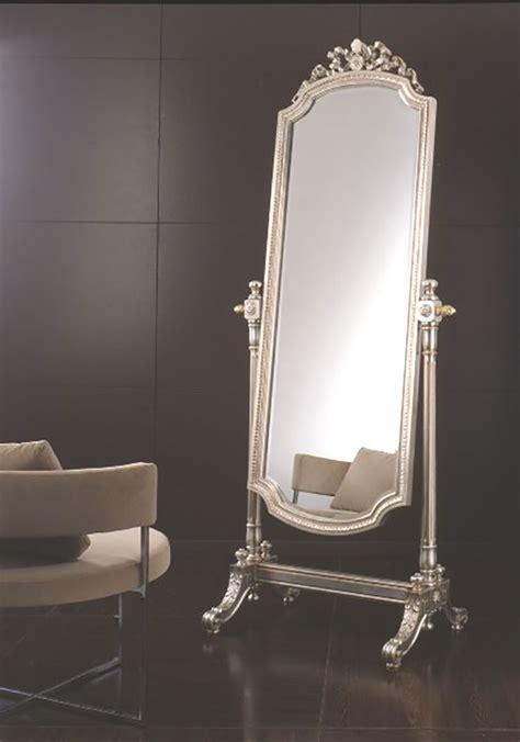 specchi particolari per da letto simple specchio da terra in stile classico n with