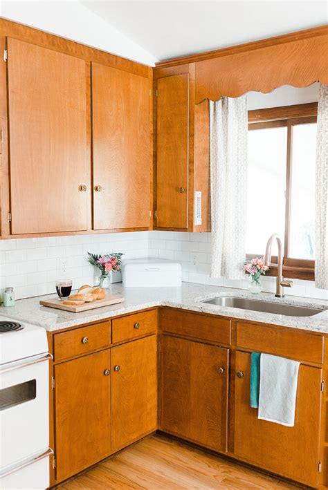 white subway tile kitchen backsplash a white subway tile backsplash story green diy