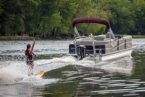 tow boat us towing plans pontoon boats boatus magazine