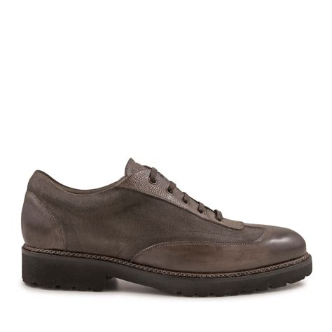 italian shoes with laces handmade in taupe leather