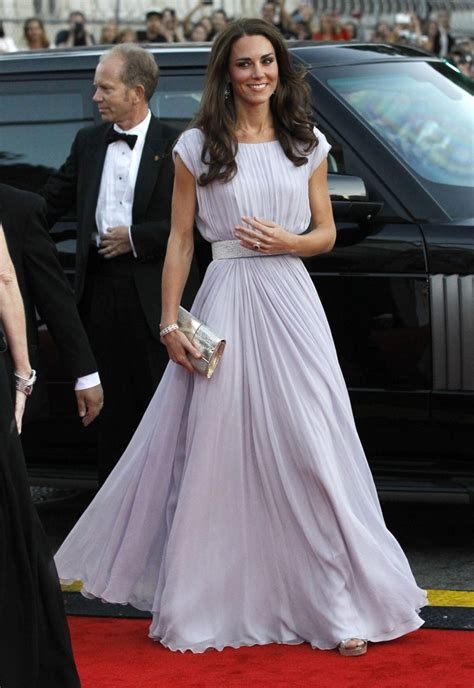 duchess kate the duchess of cambridge graces the cover of kate middleton the duchess of cambridge best fashion moments