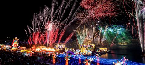 new year celebration in singapore 2018 river hongbao 2018 singapore festival fireworks