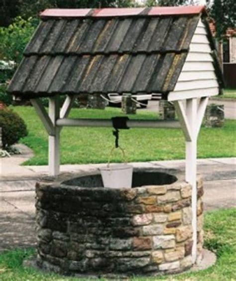 pozzo per giardino pozzi da giardino in mattoni design casa creativa e