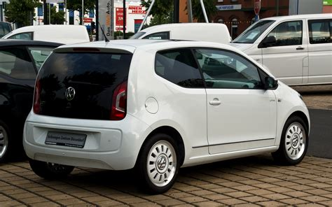 volkswagen up white file vw white up 1 0 heckansicht 18 juni 2012