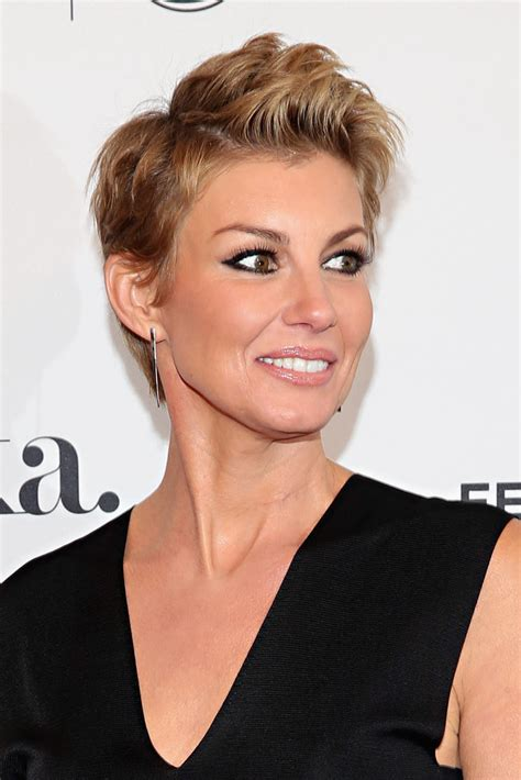 faith hill hair cuts 2015 faith hill photos photos dixieland premiere 2015