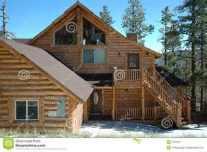 cabin style home log cabin style home stock image image 6031901