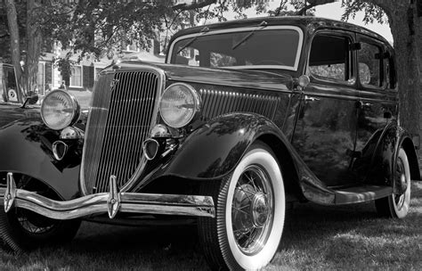 car black and white 12 vintage black and white photography cars images black