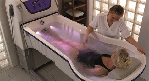 baignoire arjo baignoire de soins