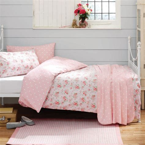cath kidston bedroom accessories cath kidston floral bedding i pinterest light gray