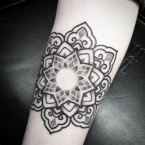 mandala tattoo zetten what is a mandala