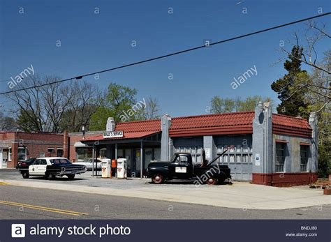 wally s service station in mount airy carolina