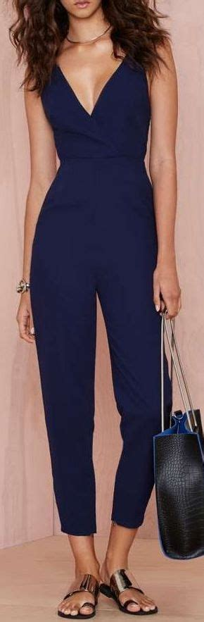 Lys Jumpsuit Marun Kombi Navy 50 sleek and exles of jumpsuits and bodysuitstrend