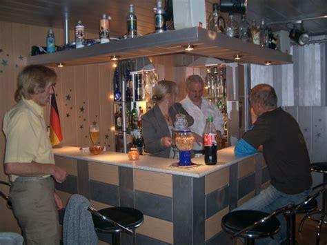 hobbyraum keller partyraum bar mein domizil zimmerschau - Hobbyraum Und Bar Deko