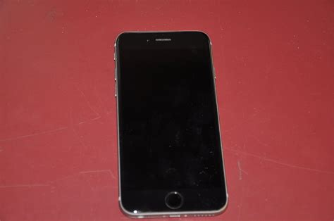 Hp Iphone Model A1549 1 iphone model a1549 cellphone for auction municibid
