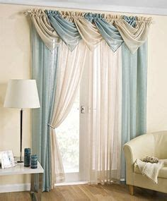 Painting of window valance for sliding door that will present mesmerizing outlook in your home