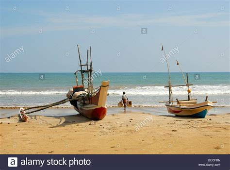 fishing boat with outriggers outriggers stock photos outriggers stock images alamy