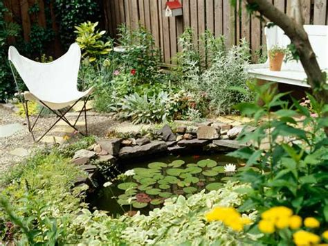 Simple Garden Pond Ideas 25 Beautiful Backyard Landscaping Ideas And Gorgeous Centerpieces For Outdoor Living Spaces
