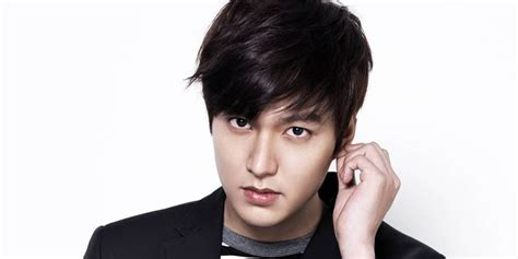 a min ho fan shaves hair to show