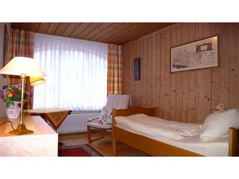 schlafzimmer einzelbett house flori garmisch partenkirchen zugspitze