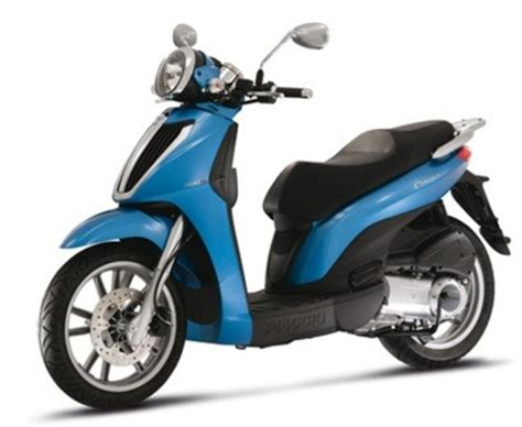 scooter pedana piatta motobike or moped in heraklio tourism and the