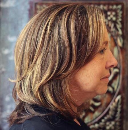 layer hair cut fir women 25 best ideas about medium haircuts for women on