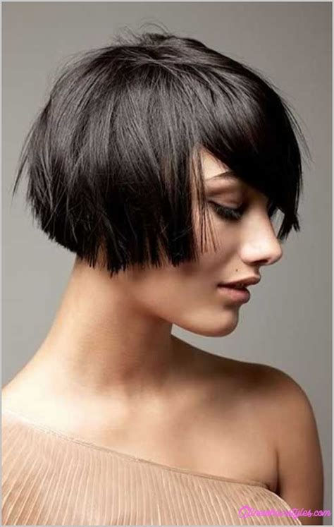 short haircut styles that is full in the crown katherine kelly short haircut chic blunt bob cut for
