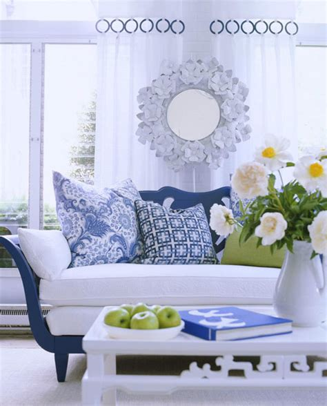 blue and white living room ideas beautiful rooms in blue and white traditional home