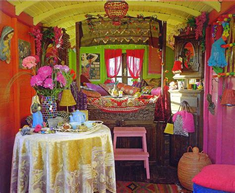 gypsy home decor liz blair s art design and fashion gypsy caravan