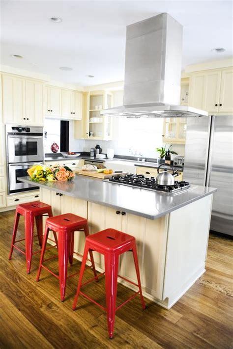 red kitchens red kitchen decor