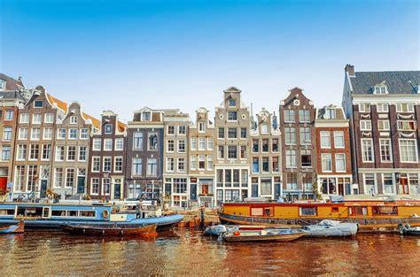 house boats in amsterdam hausboot in amsterdam mieten beste adressen und tipps