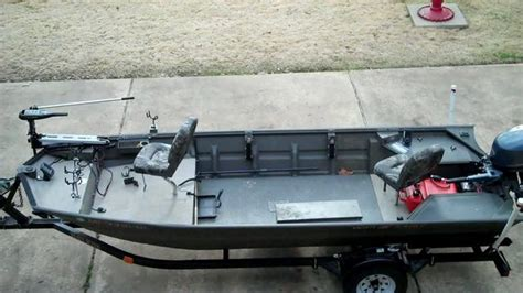 jon boat seat post open floor jon boat w split seat