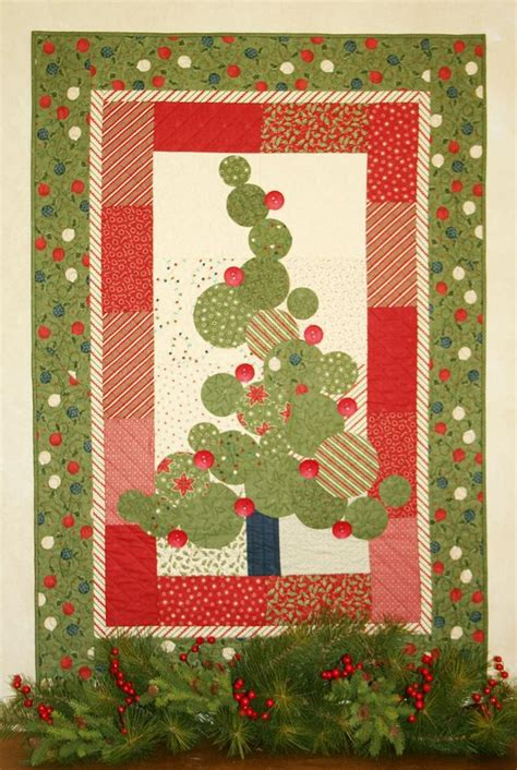 christmas tree pattern patchwork 353 best christmas applique quilts patterns images on