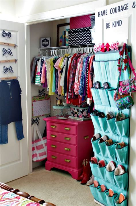 Closet Child Cd by Best 25 Kid Closet Ideas On Toddler Closet