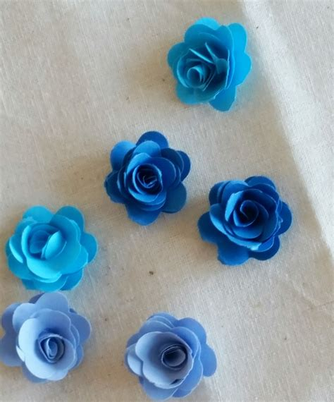 How To Make Small Roses With Paper - how to make mini paper roses