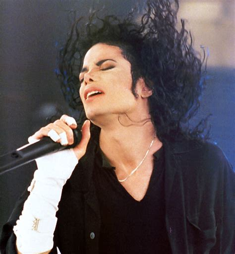 Michael Jackson Biography In Bengali | about michael jackson a great music producer dancer